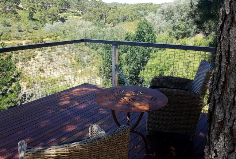 Clifftop at Hepburn: Evoke, Hepburn Springs, Victoria