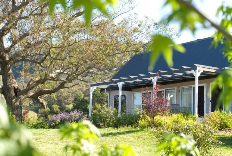 Billabong Spa Cottage, Crystal Creek Meadows, Kangaroo Valley, NSW