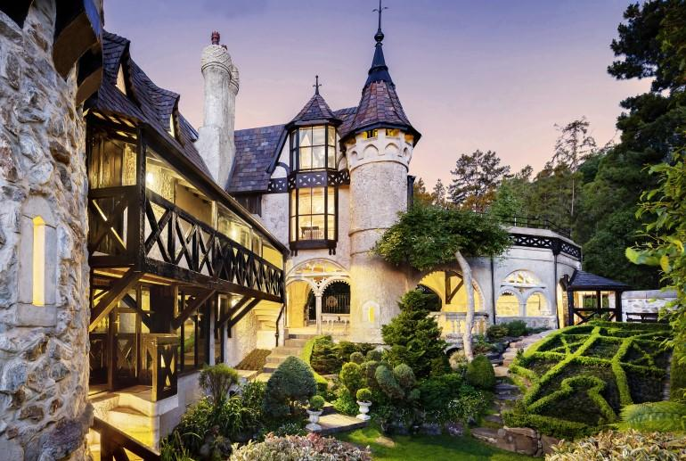 Thorngrove Manor Hotel, Adelaide Hills