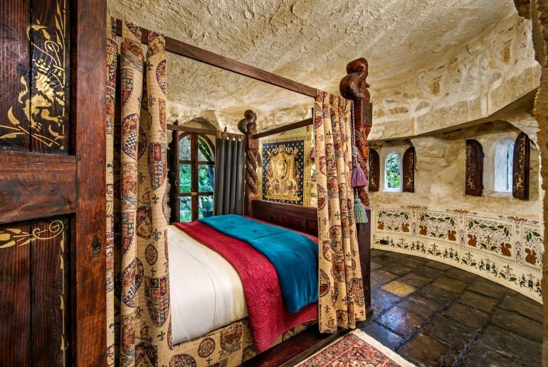 Castle Chambers, Thorngrove Manor Hotel, Adelaide Hills