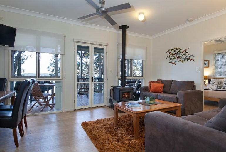 "Cottage ""Gentle Jane"", Eumarella Shores Noosa Lake Retreat, Sunshine Coast"