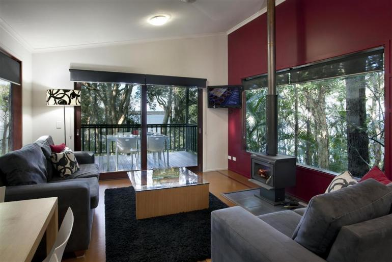 "Lakehouse ""Studio"", Eumarella Shores Noosa Lake Retreat, Sunshine Coast"