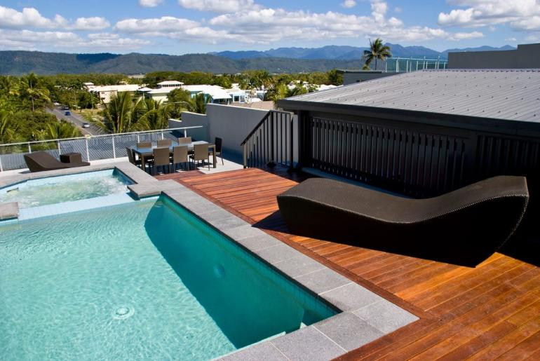 Penthouse Apartment, Coconut Grove Apartments, Port Douglas