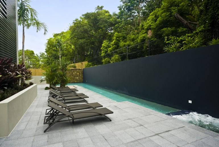 Coconut Grove Apartments, Port Douglas