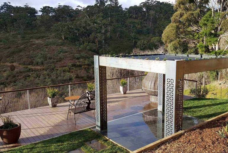 Clifftop at Hepburn: Tranquility, Hepburn Springs, Victoria