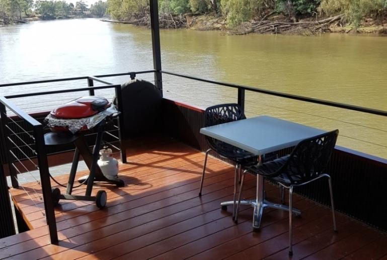 Houseboat for Two, Murray River