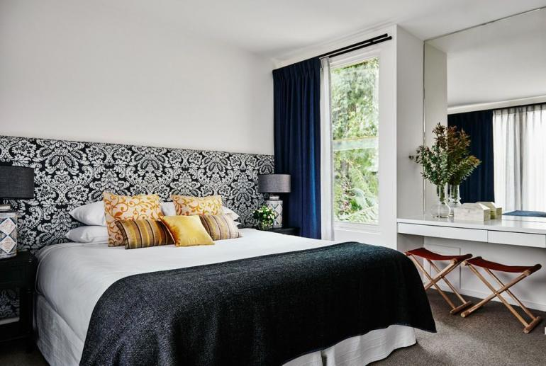 Waterfront Suite, Lake House, Daylesford