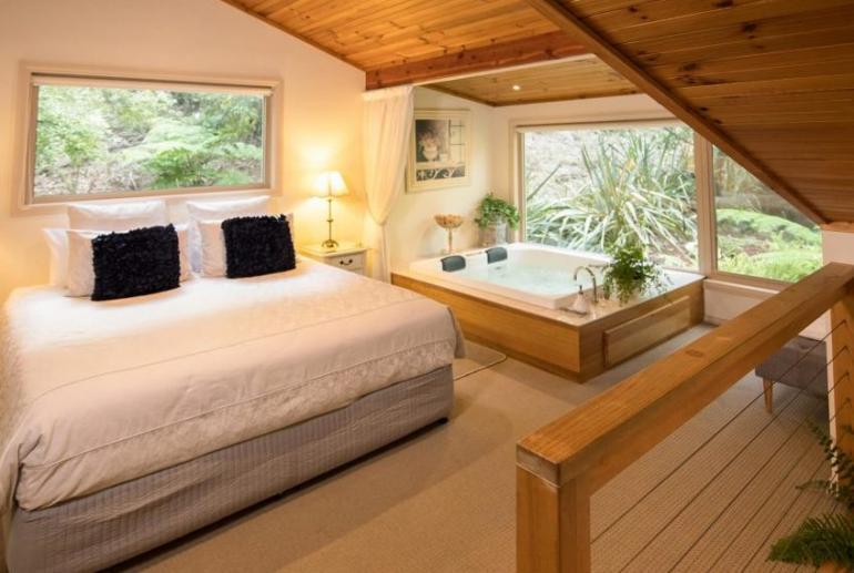 Treetops Cottage, Myers Creek Cascades, Healesville, Yarra Valley