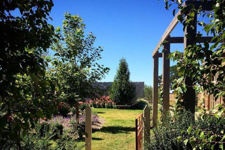 The Timber and Stone Retreat, Malmsbury, Macedon Ranges