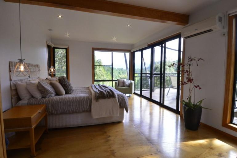 Morning Mist Chalet, EcOasis Resort, Tweed Hinterland, NSW