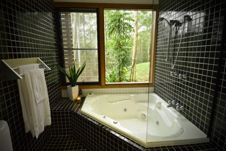 Spa Chalet, EcOasis Resort, Tweed Hinterland, NSW